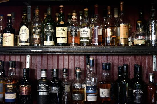 1_The_Burns_Pub_&_Restaurant_Whiskey_Bar_Colorado