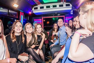 2016-New-Years-Chicago-NYE-Limo-Party-Bus-Crawl-Lincoln-Park-My-Drink-On-MyDrinkOn (16).jpg