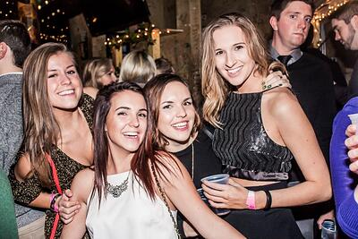 2016-New-Years-Chicago-NYE-Limo-Party-Bus-Crawl-Lincoln-Park-My-Drink-On-MyDrinkOn (34).jpg