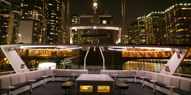 2_2020_New_Year's_Eve_Party_Chicago_10_Year_Anniversary_Yacht_Party