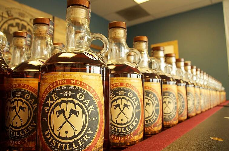 2_Axe_And_The_Oak_Distillery_Colorado