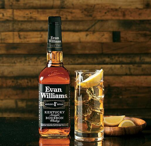 2_Evan_Williams_Bourbon_Whiskey_Black_ Label_Kentucky