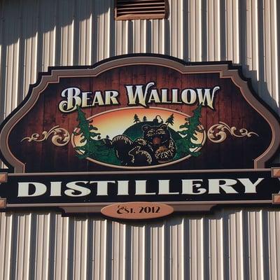 3_Bear_Wallow_Distillery_Whiskey_Tour_Indiana