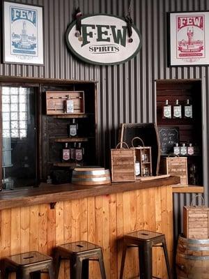 9_Whiskey_And_Spirits_Distillery_Tour_FEW_Spirits_Distillery_Chicago