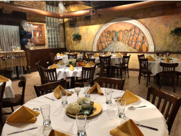 Plan the perfect holiday party at El Mariachi Tequila Bar & Grill.
