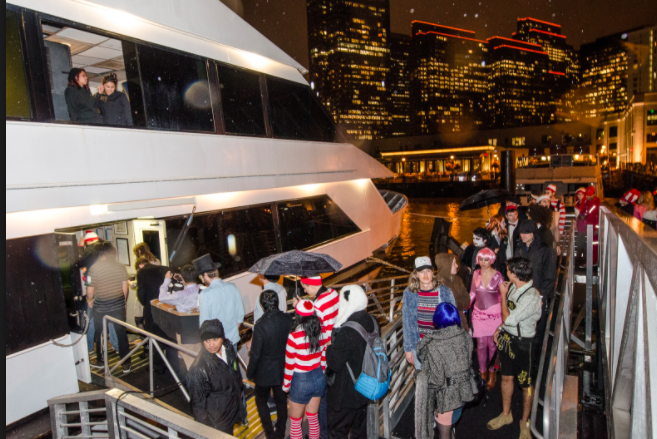 Halloween-Yacht-Party