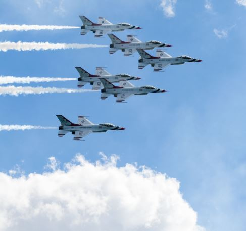 Top Ways To Enjoy The Air & Water Show In Chicago