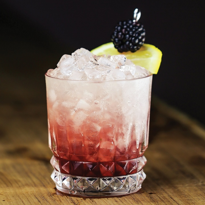 Top 10 All-Time Favorite Whiskey Cocktails